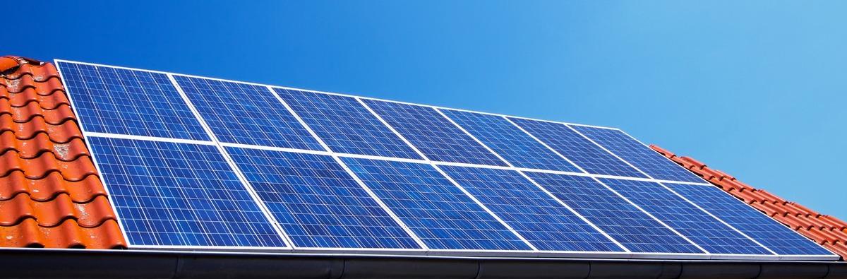 Quelle surface prévoir pour des panneaux solaires ?